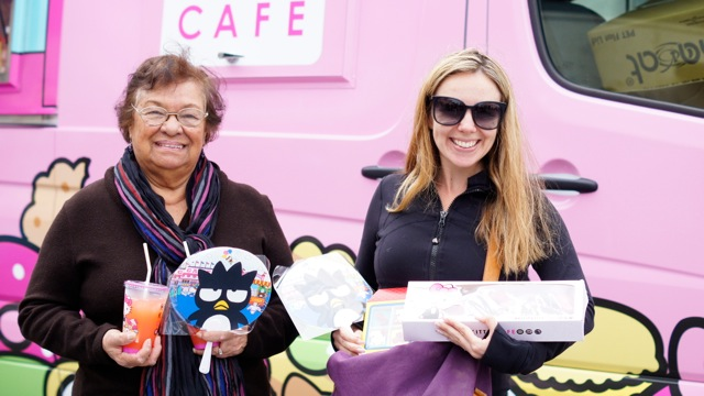 hello kitty cafe foodtruck
